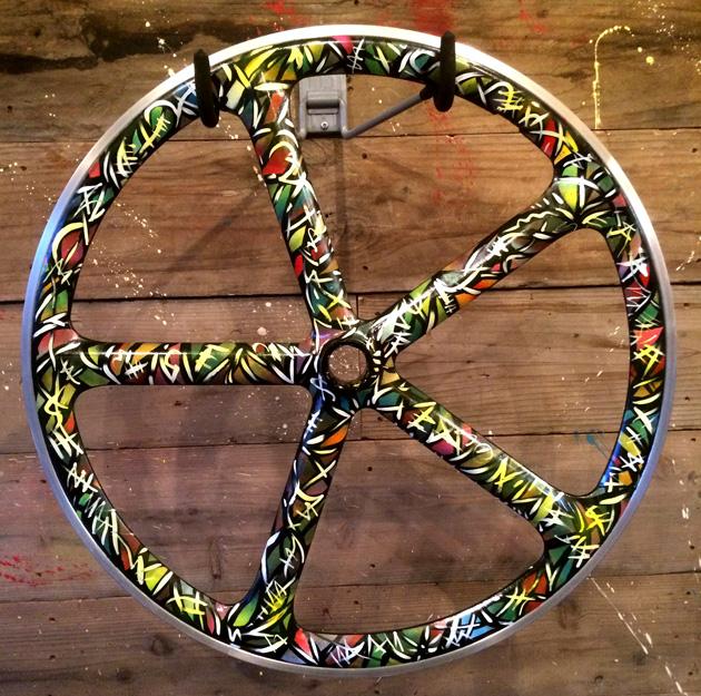 leaderbike-2.jpg
